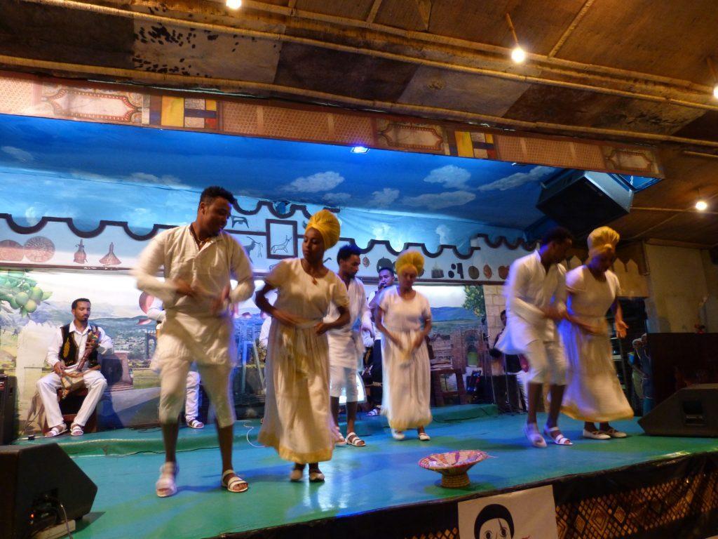 Äthiopienreise - Traditioneller Tanzclub