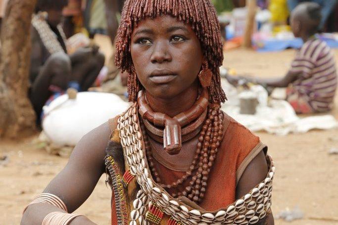 Äthiopien Reisen - Hamer Frau