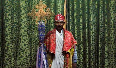 Äthiopien Kulturreise - Lalibela Priester