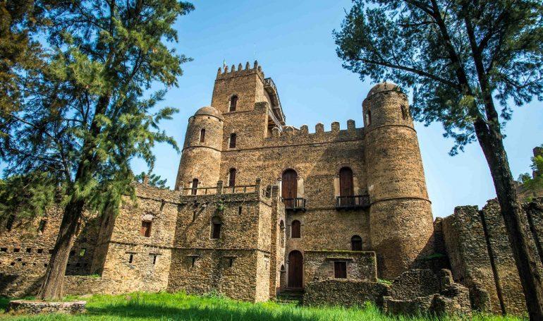 Äthiopien und Safari in Tansania -Gondar