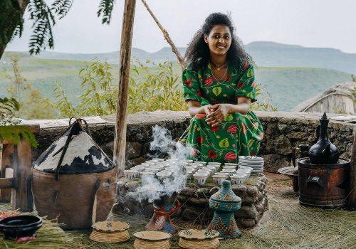 Äthiopien Frau auf Gruppenreisen